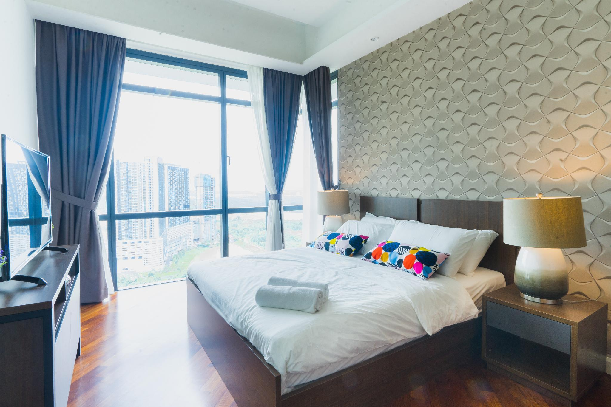 Grand Medini  6Pax  WIFI  C18 @ JB City Home