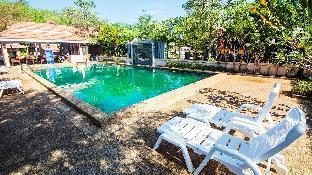 [ノッパラットタラ]ヴィラ(200m2)| 3ベッドルーム/2バスルーム superb and very spacious Villa with communal Pool