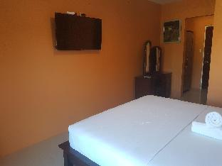 picture 2 of New Room for 2! 5 min to Alona Beach and Nightlife