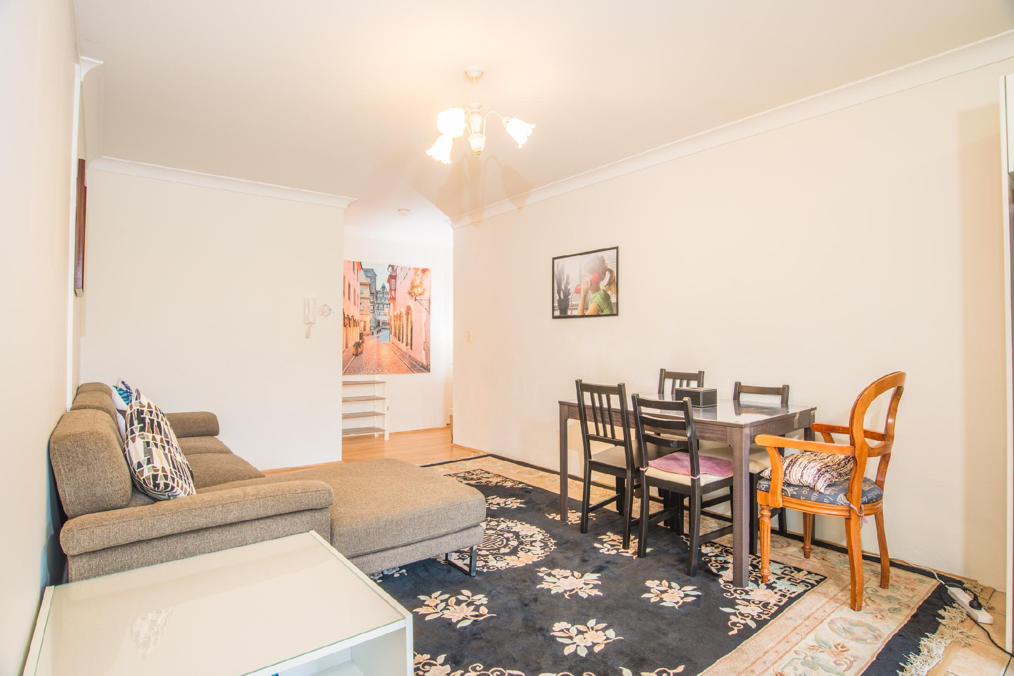 Spacious And Cozy APT@Heart Of Redfern Closes To CBD