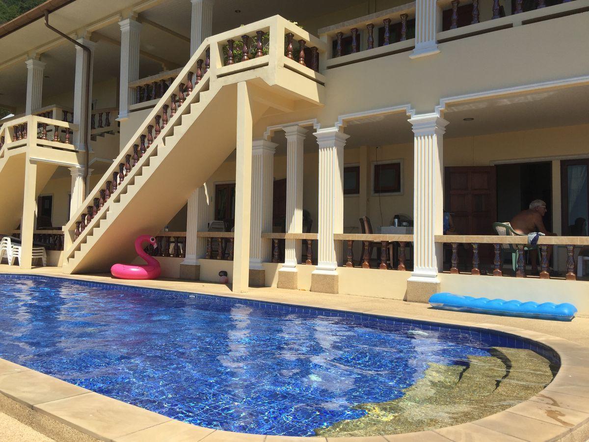 Big apartment with sea view near Karon beach อพาร์ตเมนต์ 3 ห้องนอน 2 ห้องน้ำส่วนตัว ขนาด 85 ตร.ม. – กะรน