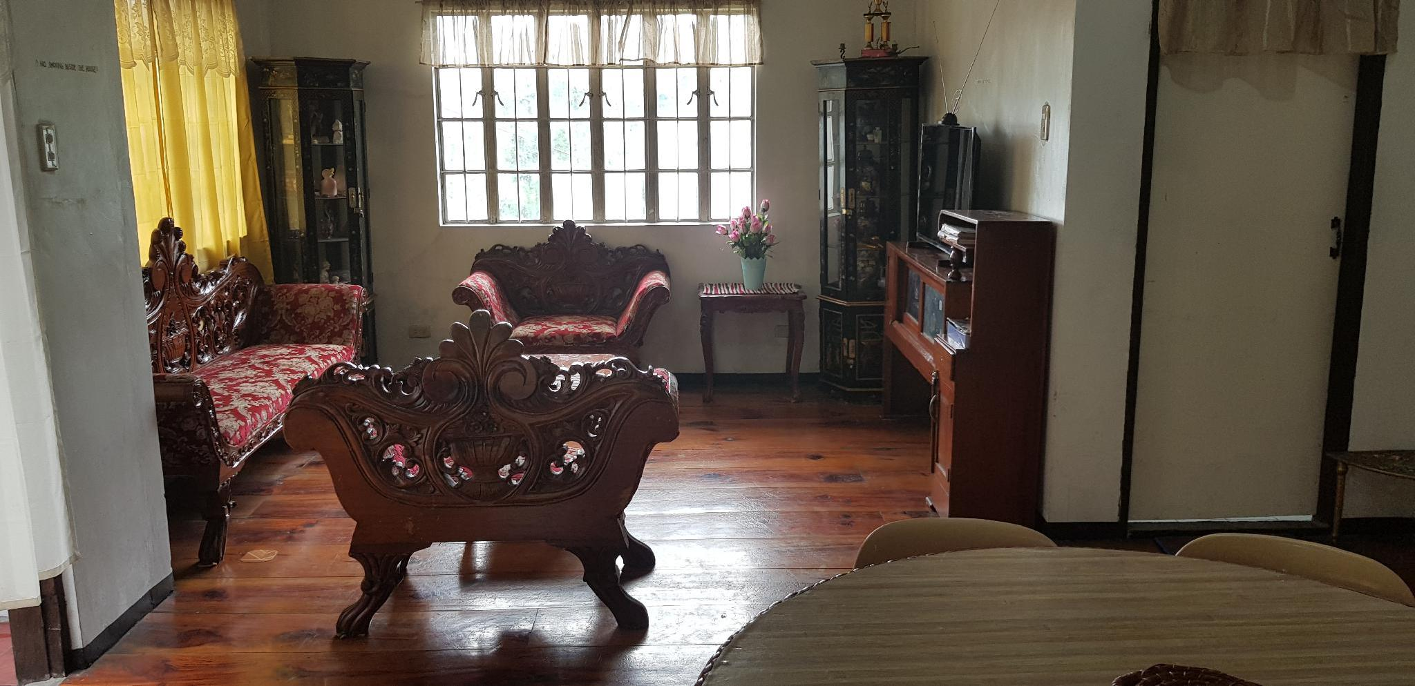 2 BR Main Baguio Family Home For 6