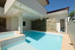 picture 1 of New Large Geothermal Hot Spring Villa in  Laguna