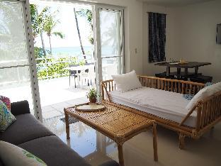 picture 5 of Absolute Beachfront Apartment in Station 3