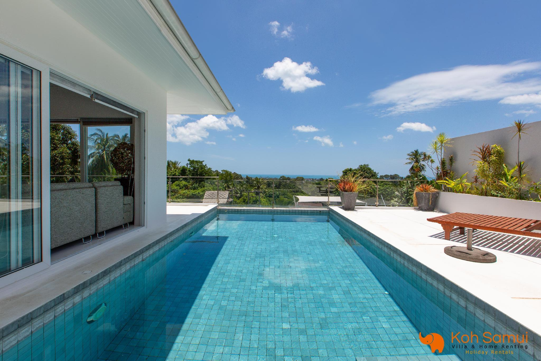 Modern And Spacious 4 Bedroom Pool Villa And Seaview
