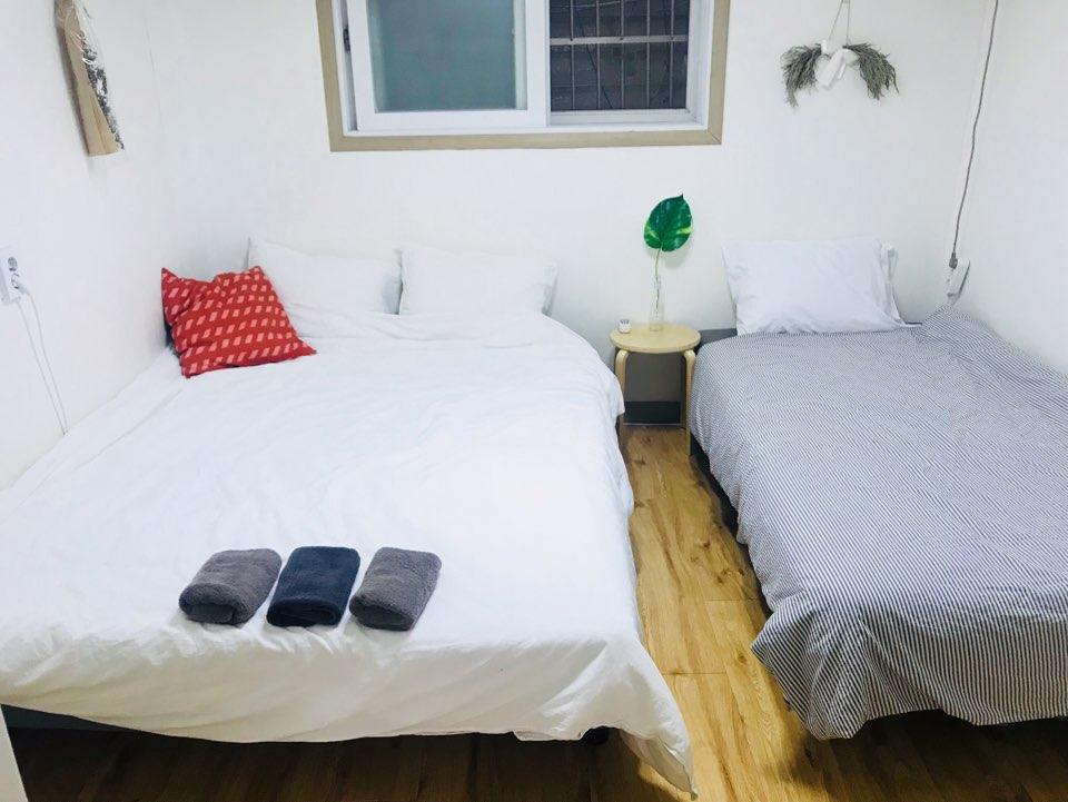 4  Room 11 Kylie's Hongdea Private Room