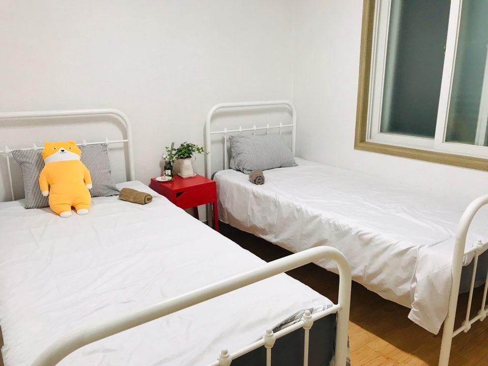 4B  Room 3 Kylie's Hongdea Private Room