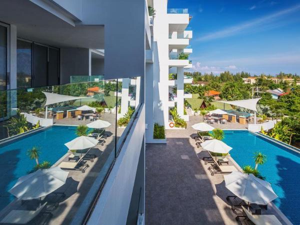 3 bd apartmentSeaview 180 sqm in Surin Sansuri Phuket