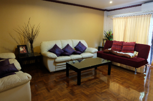 SUPER COMFY, CHILL AND PRIVATE ENTIRE BIG HOUSE Chiang Mai
