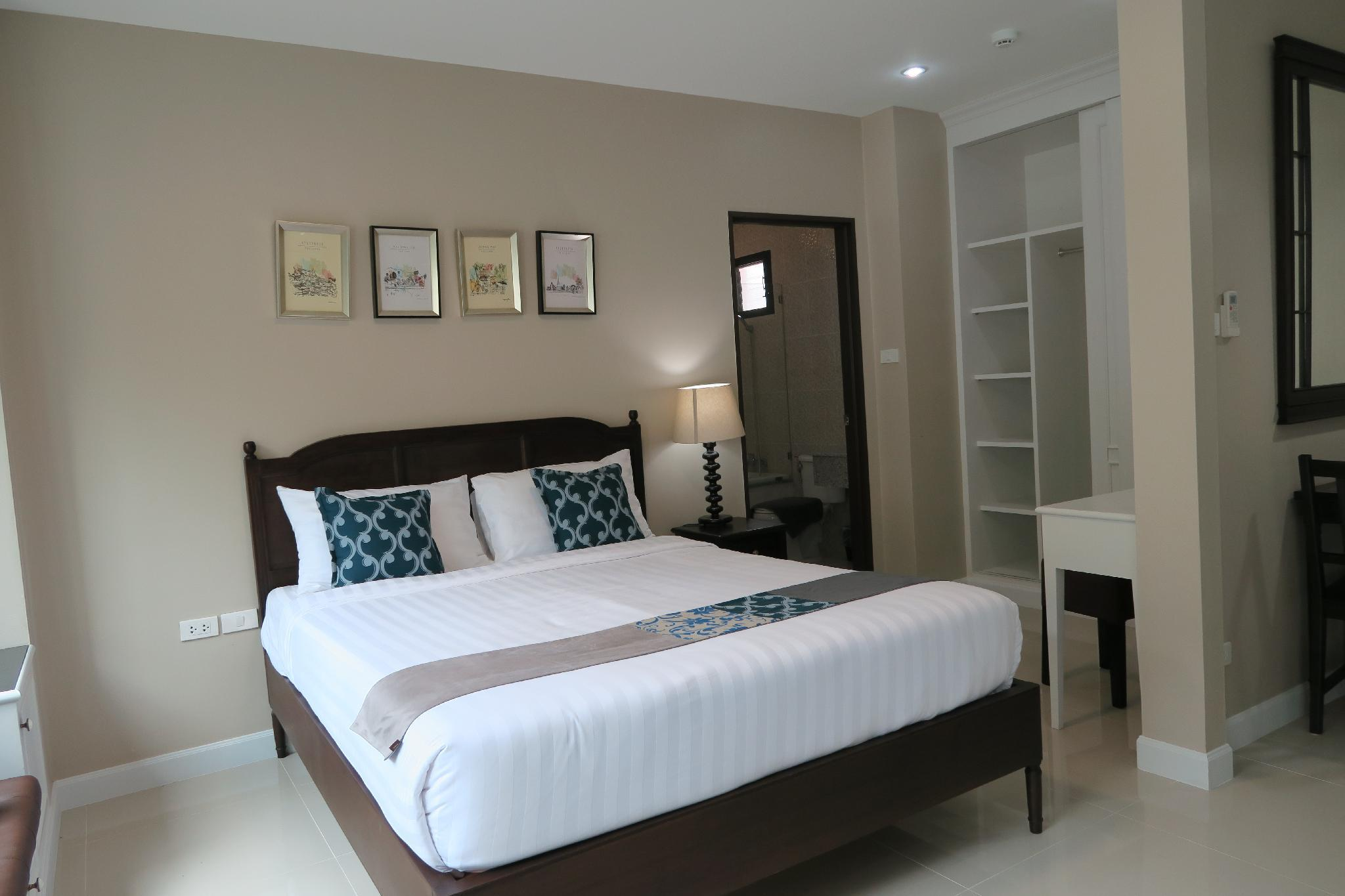 Double Tree Residence  Junior Suit