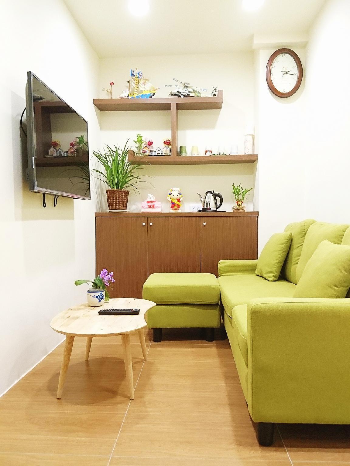 5 People Room 2 Roomsand2 Bathroomsand1 Living Room D1