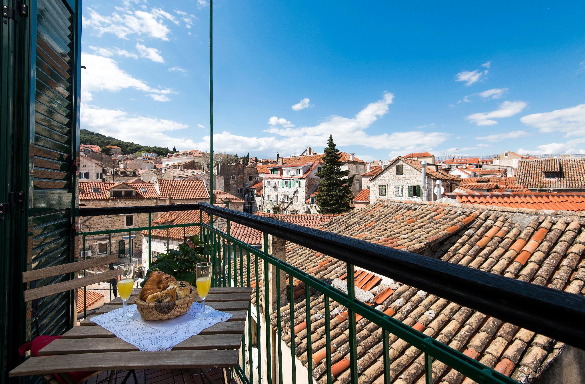 NEW Guest Suite W Balcony On Main Promenade RIVA