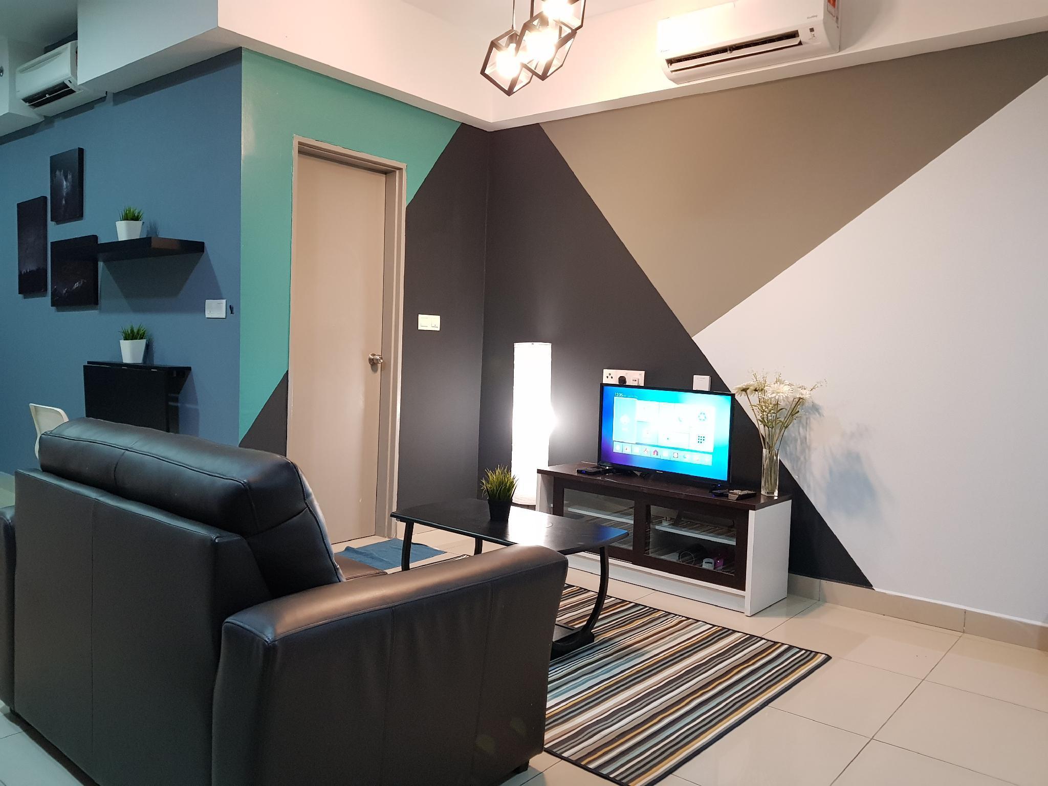 Studio Rooms + 3 Pax @ Hyve SOHO Suites
