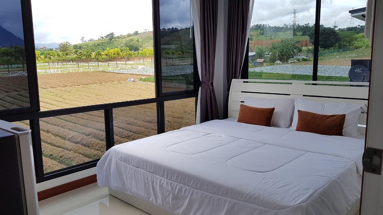 One Resort & coffee บ้านเดี่ยว 3 ห้องนอน 4 ห้องน้ำส่วนตัว ขนาด 300 ตร.ม. – กลางเมือง