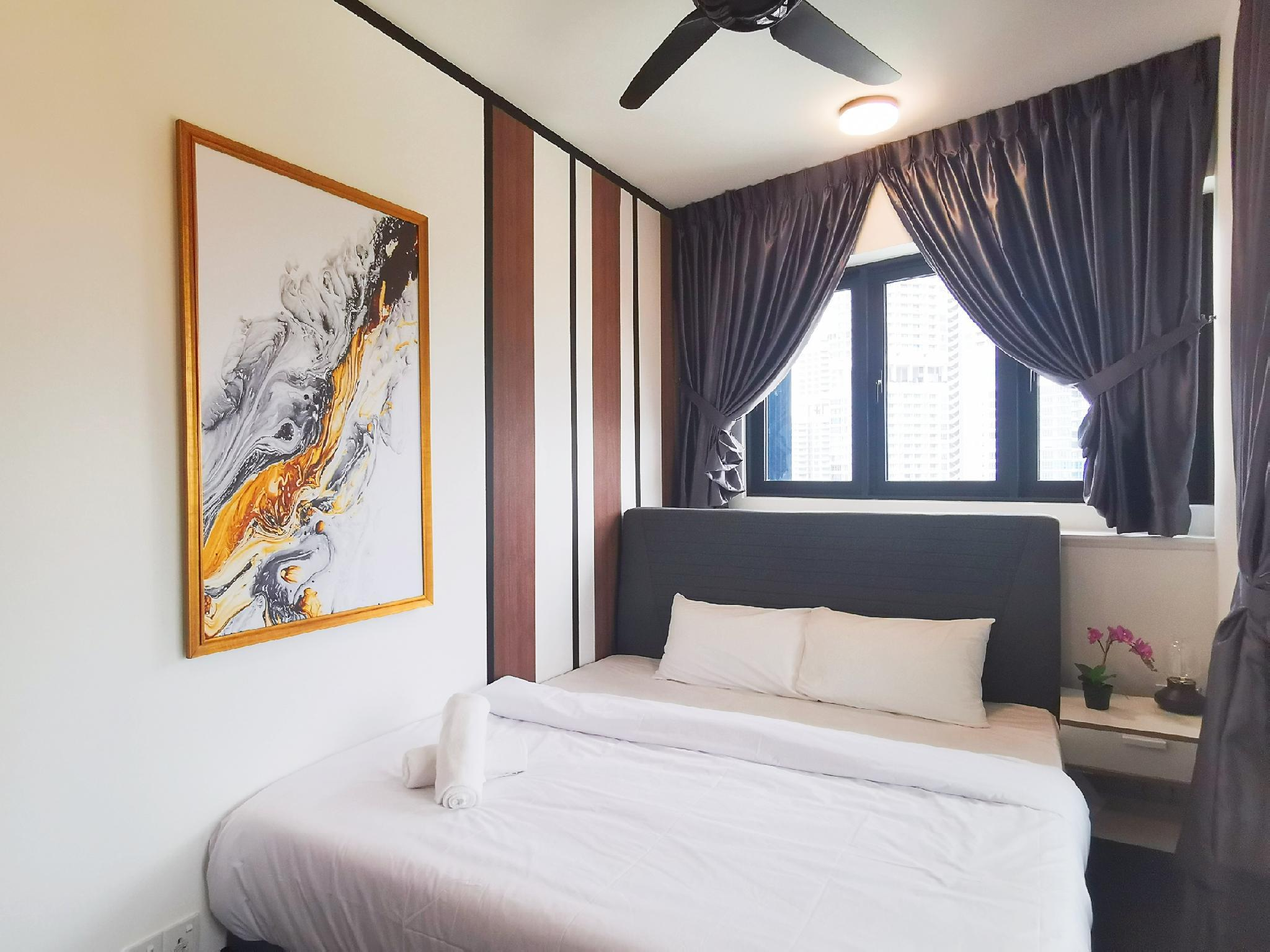 Almas Duplex 4pax  1515  WIFI  @ JB City Home