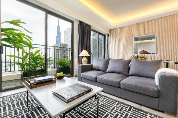 Luxury Penthouse w Balcony Stunning View& Gym Pool Ho Chi Minh City