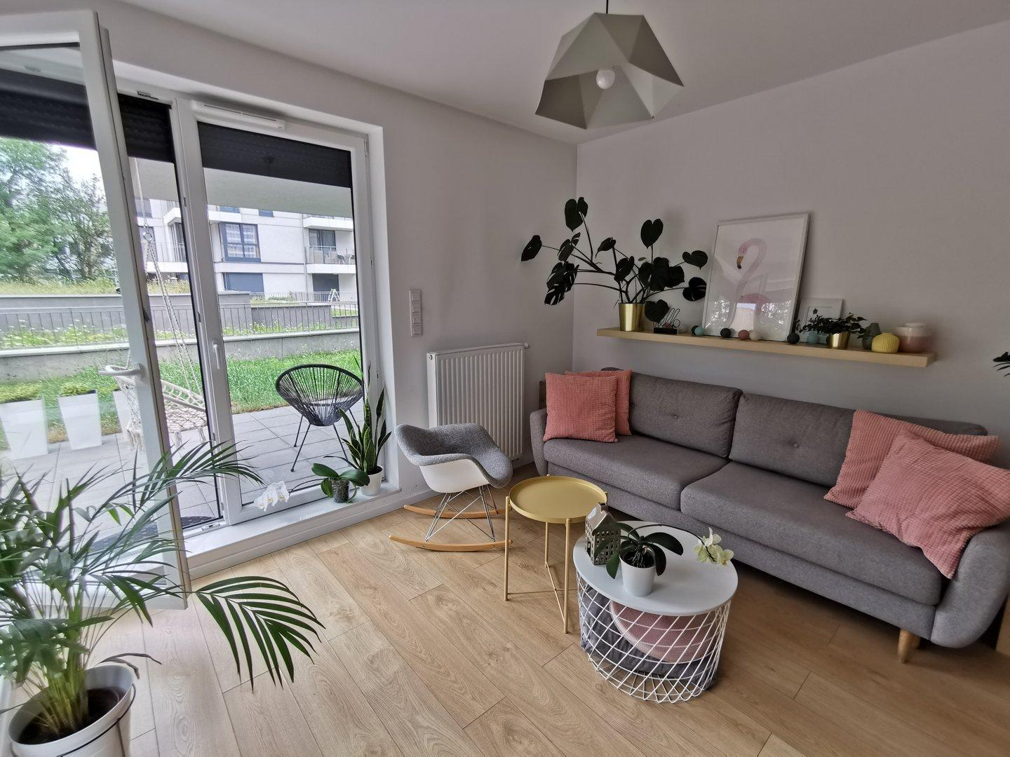 Lovely Apartment With Private Garden And Parking