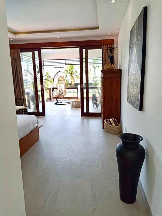 Newly Built! Paddies view 2 mins to the beach 2BR