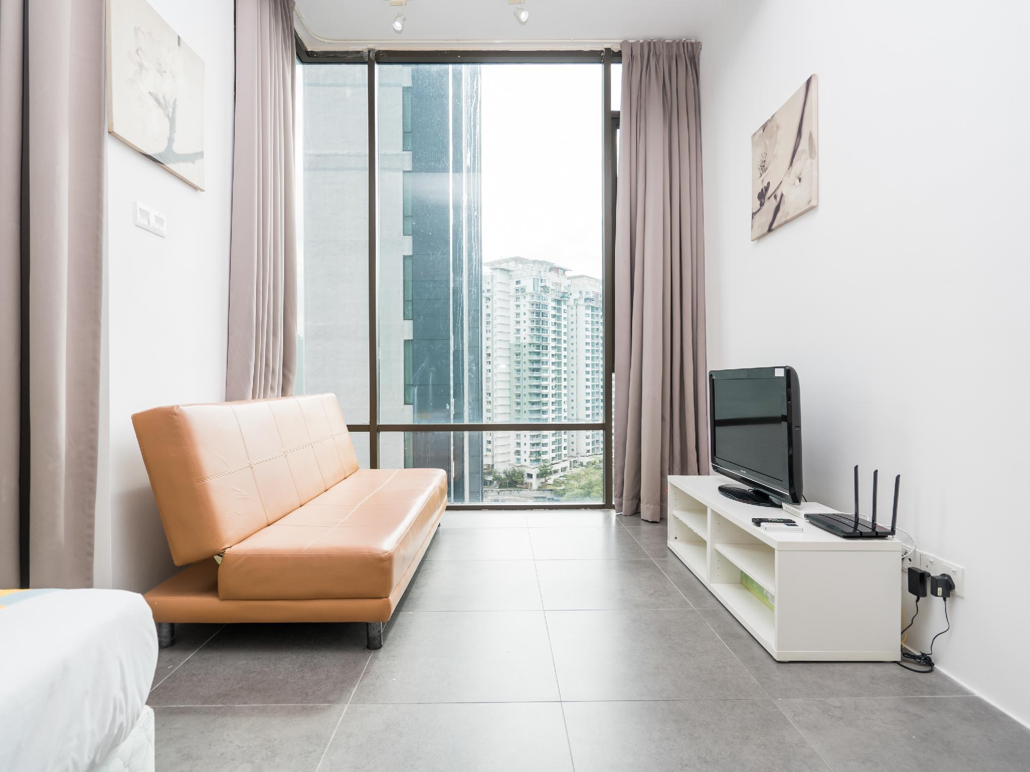 OYO Home 1076 Remarkable 1BR Empire Damansara