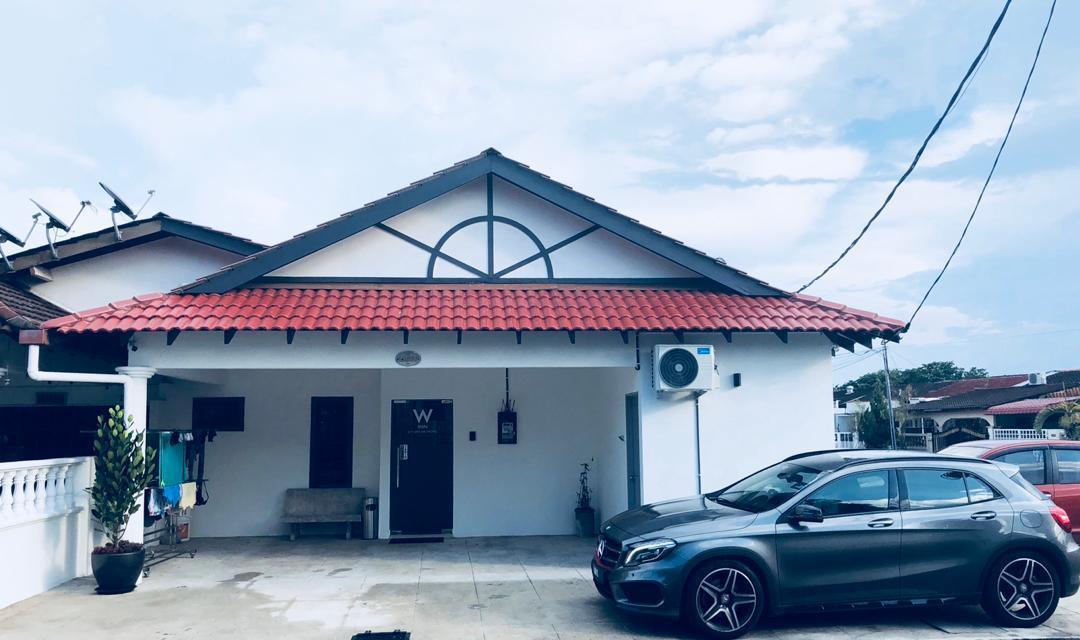 W Inn Kuantan Homestay  Entire Unit Stay 16pax