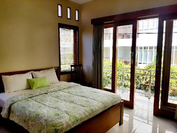 emery delux room villa