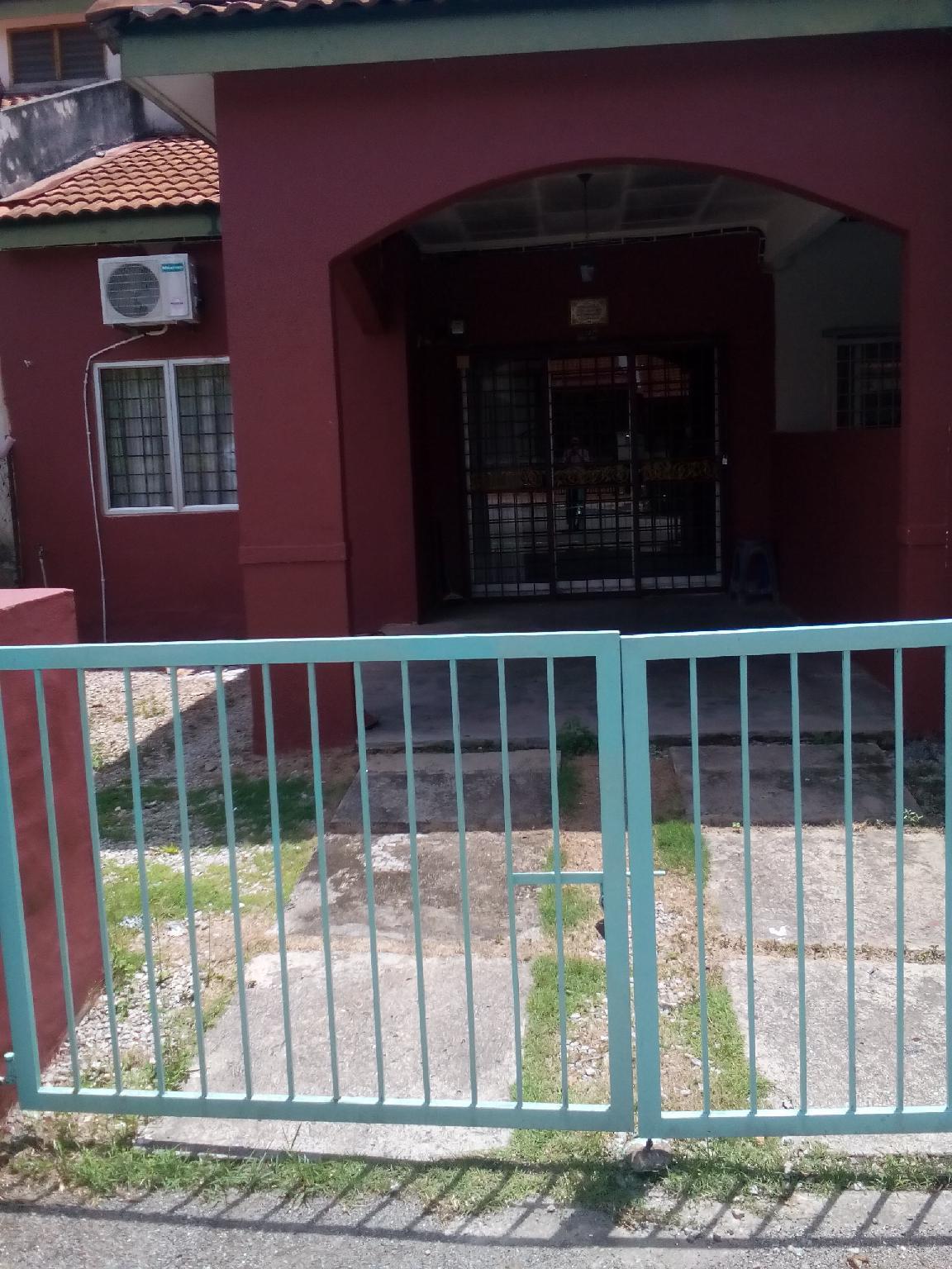 Hajah Zabedah 3 Bilik Tanjung Malim