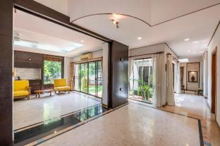 4BR for 8 PAX Private House in Hua Mak - Bangkok