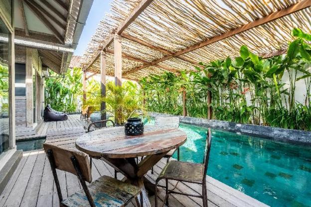 Villa 2 BD Private Pool 450m to Pererenan Beach
