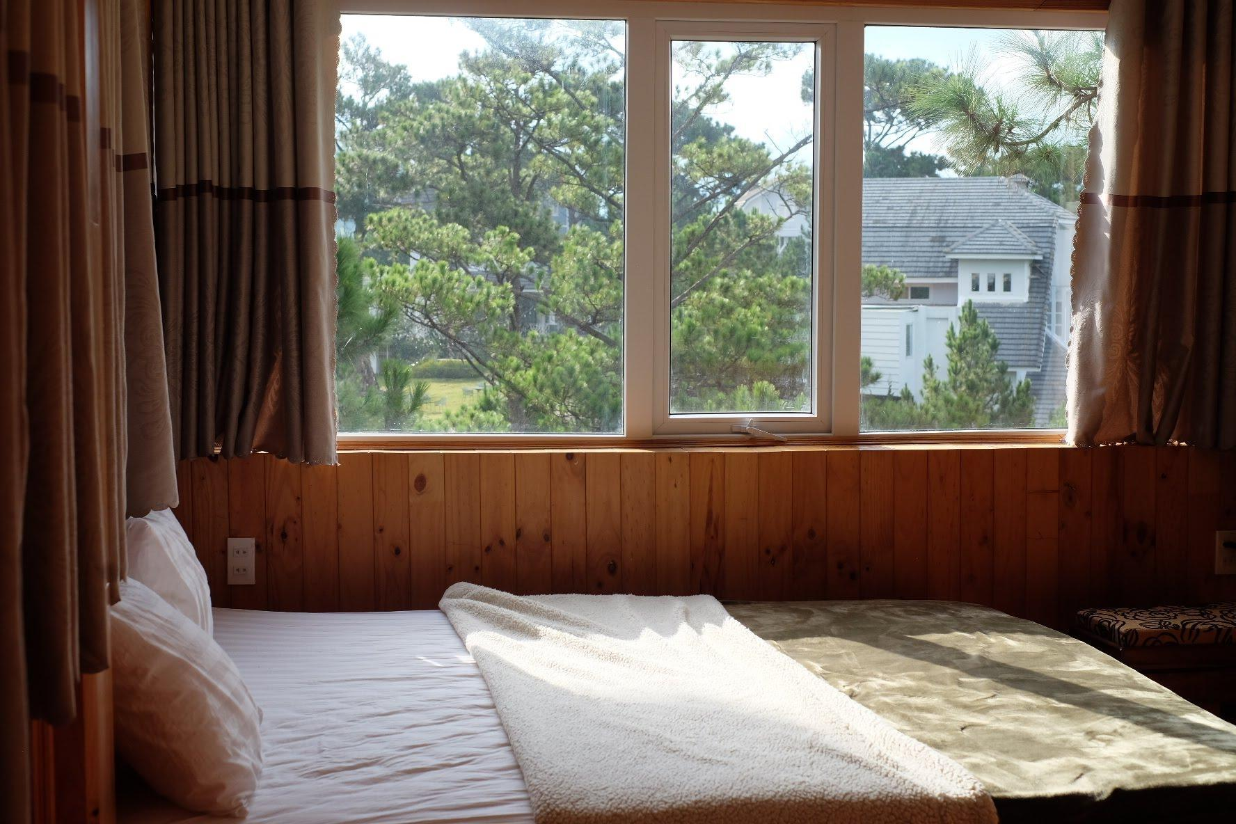 Double Room In Kim Ngan Hill Resort
