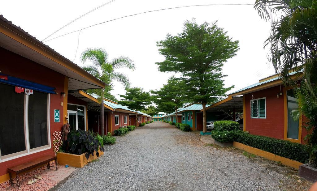 Somjainuk resort 10 / 1 BR/ free breakfast / wifi บังกะโล 1 ห้องนอน 1 ห้องน้ำส่วนตัว ขนาด 25 ตร.ม. – ปลวกแดง
