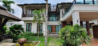 Tipakarn Family Home สตูดิโอ บ้านเดี่ยว 6 ห้องน้ำส่วนตัว ขนาด 380 ตร.ม. – สุเทพ
