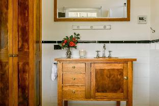 Фото отеля Beechworth Waterfall Cottage