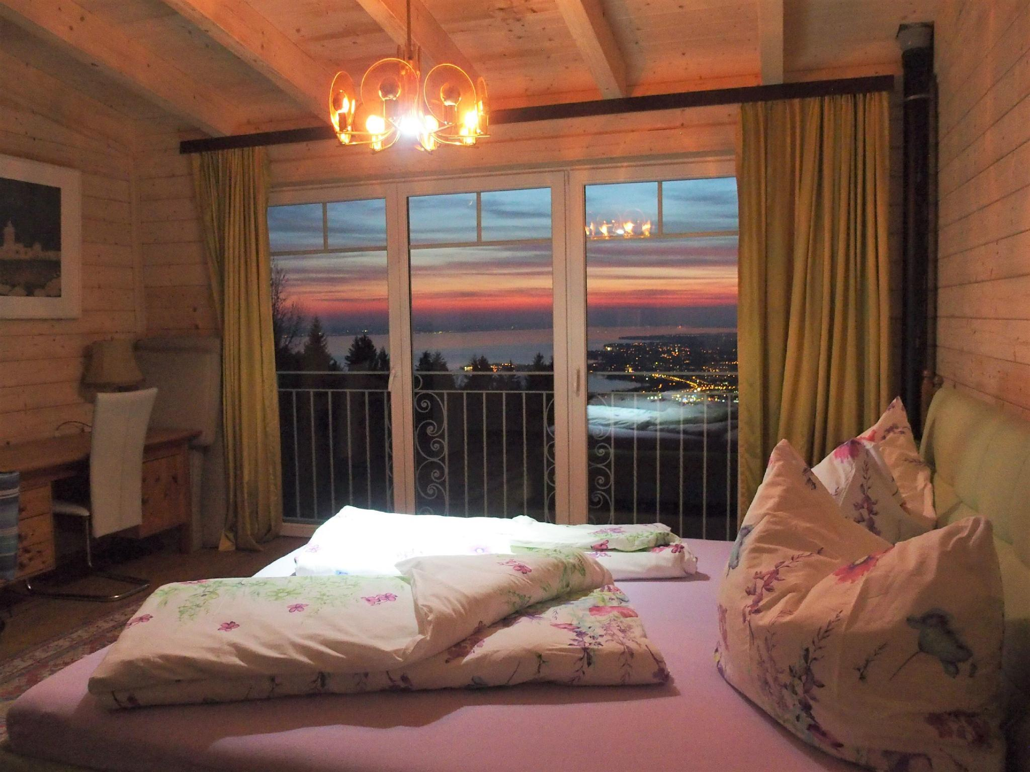 Lakeview Suite At The Edge Of The Forrest