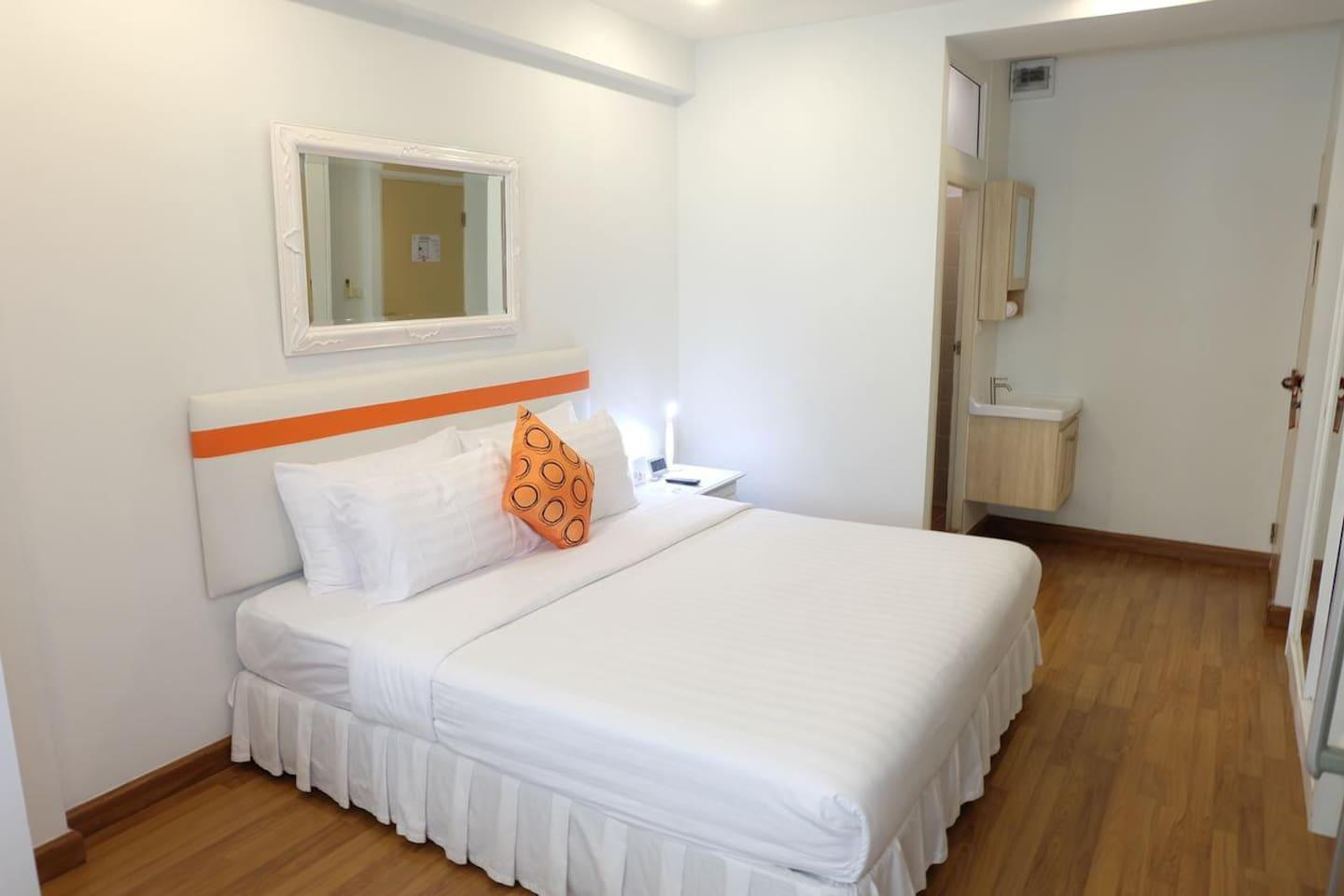 Deluxe Room In China Town