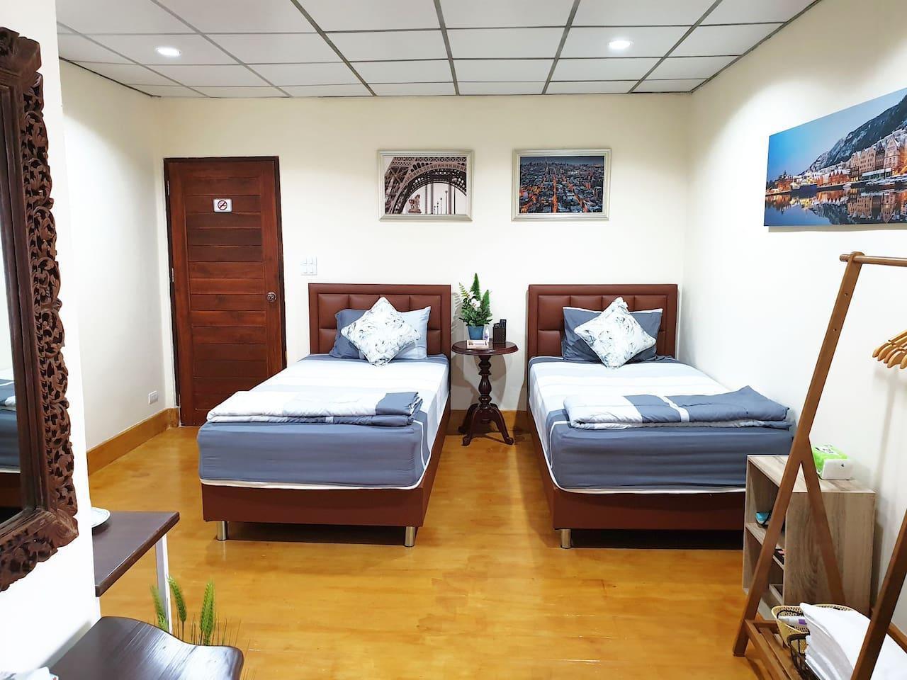 Twin beds, 10 mins to Don Mueang Airport (DMK) อพาร์ตเมนต์ 1 ห้องนอน 1 ห้องน้ำส่วนตัว ขนาด 30 ตร.ม. – สนามบินนานาชาติดอนเมือง