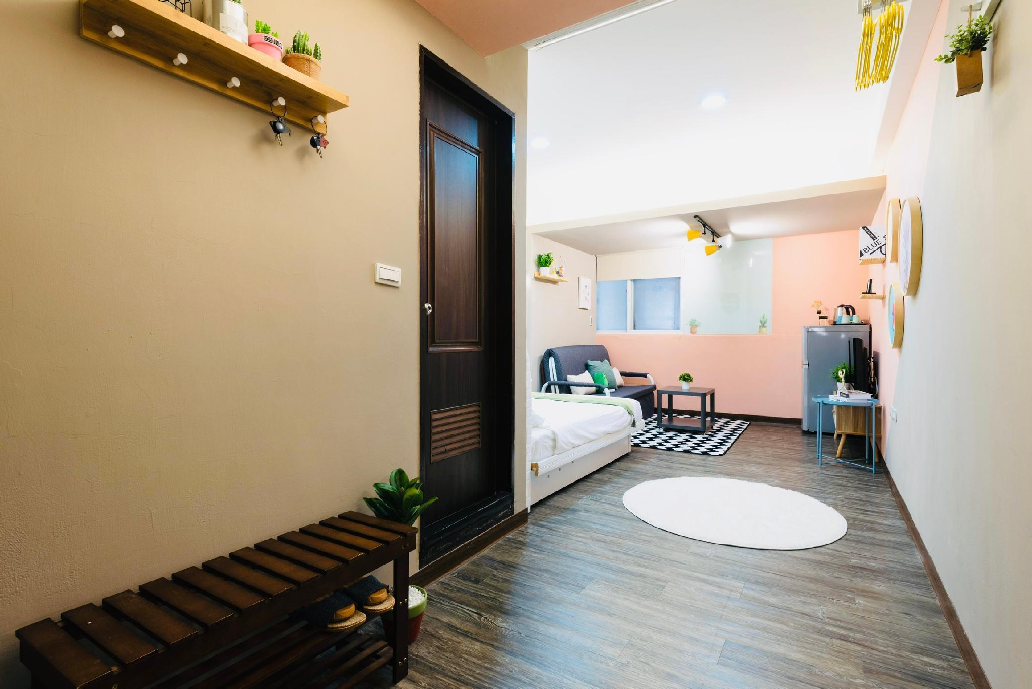 P Nk Cozy And Comfy Near Ximen MRT Station