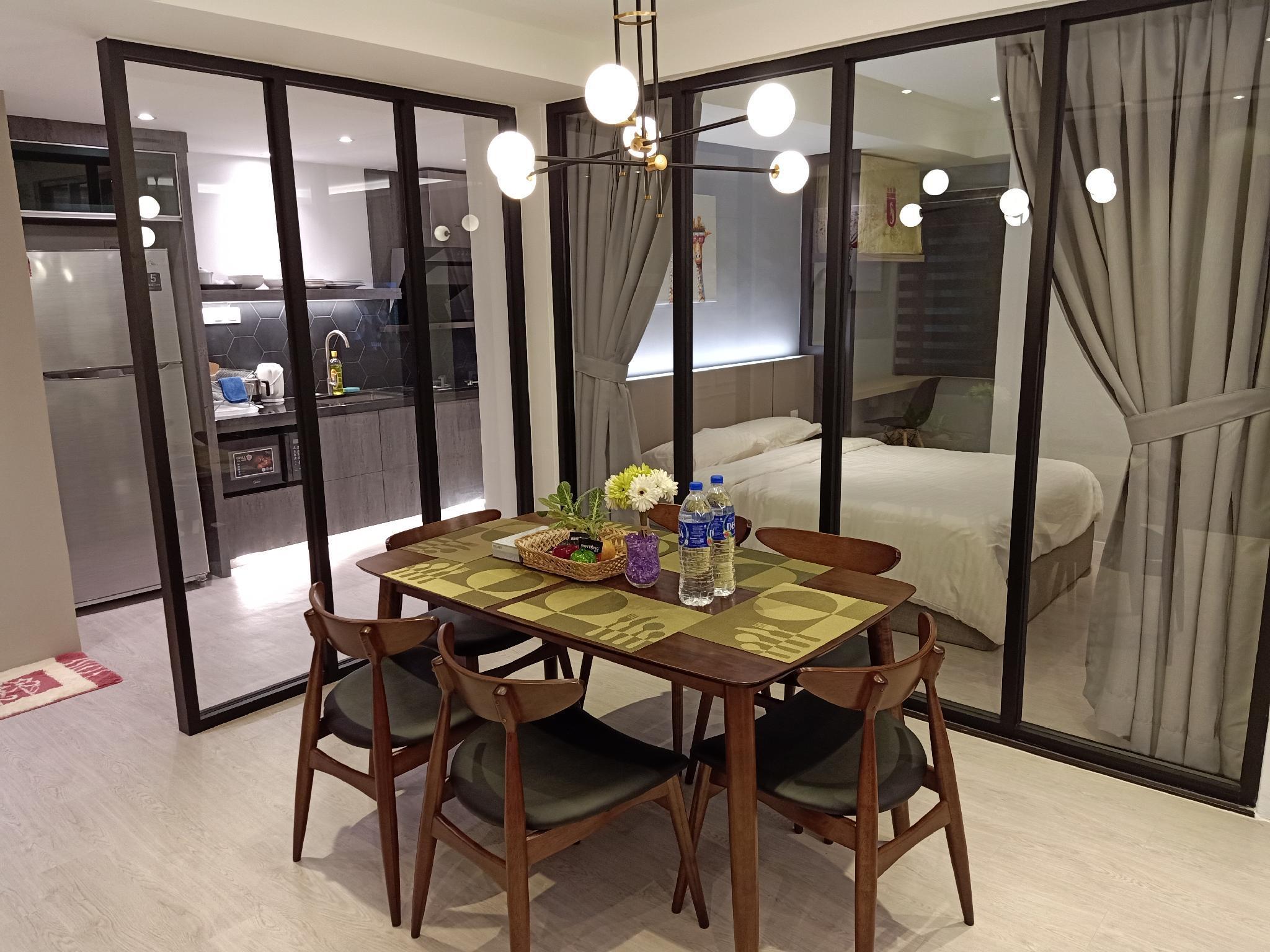 6pax Melaka Famous Homestay