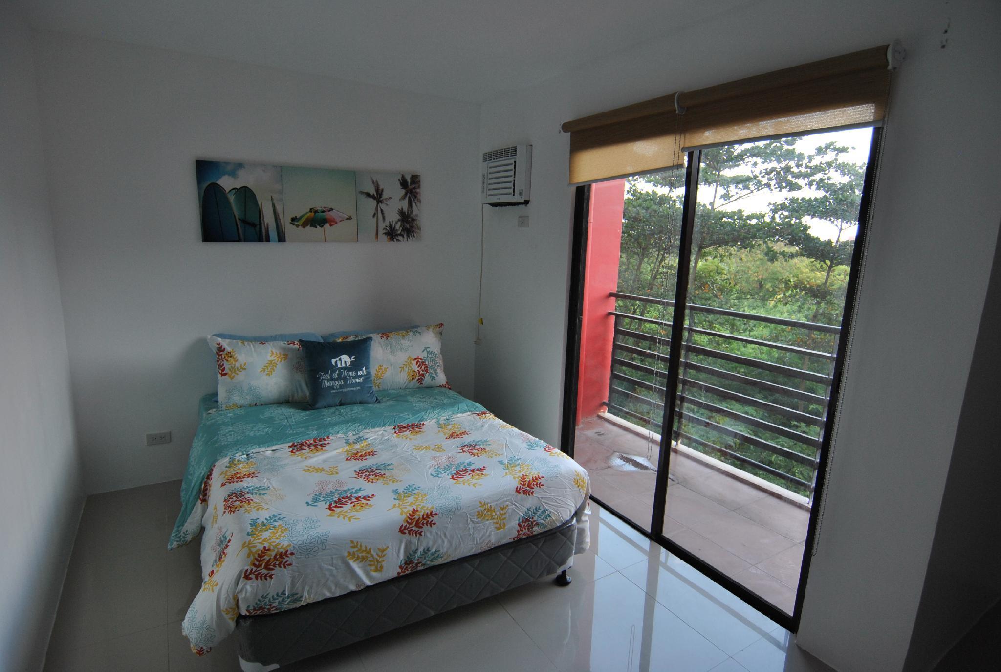 Attractive Riverside 1 Bedroom Unit W  Balcony