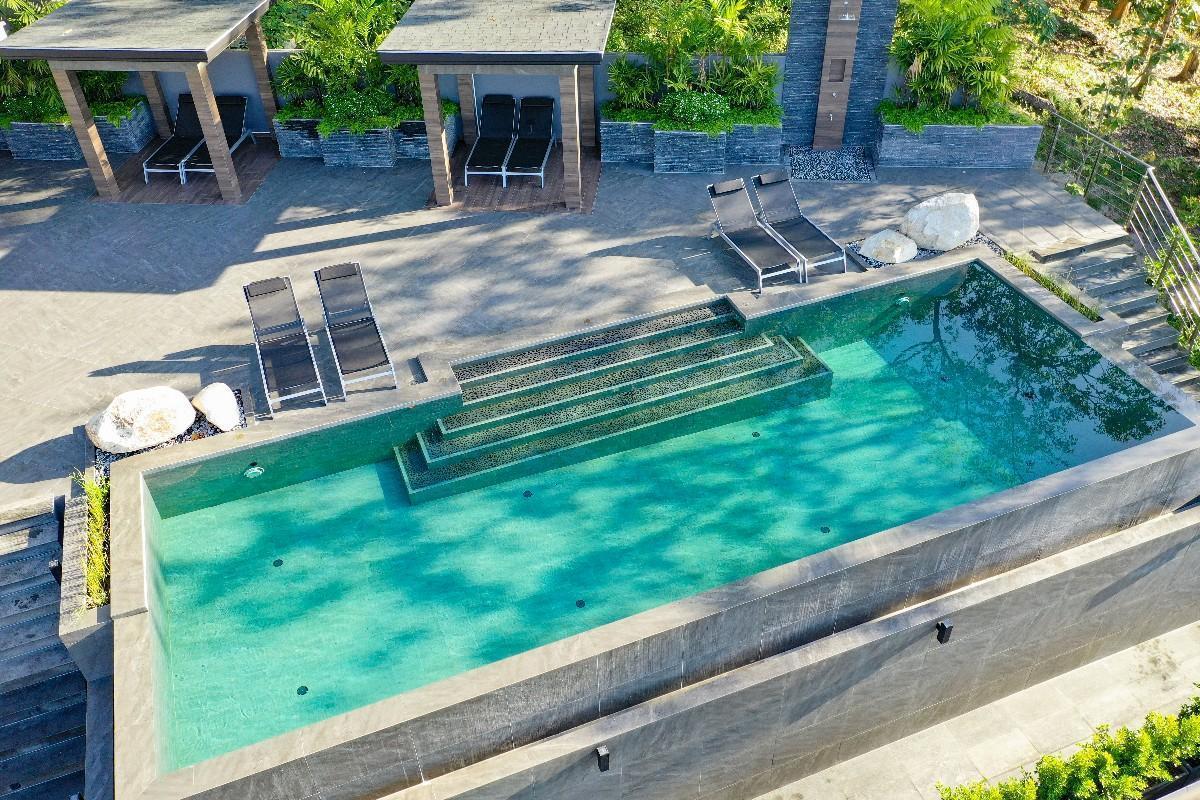 Hilltop Heaven Resort 12BR w/ Pool & Ocean View วิลลา 12 ห้องนอน 12 ห้องน้ำส่วนตัว ขนาด 9600 ตร.ม. – ป่าตอง