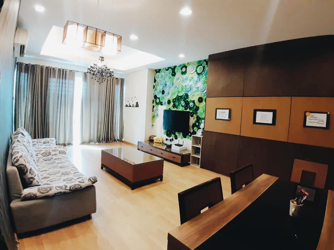 Aisyah Homestay At 1Borneo Condominium