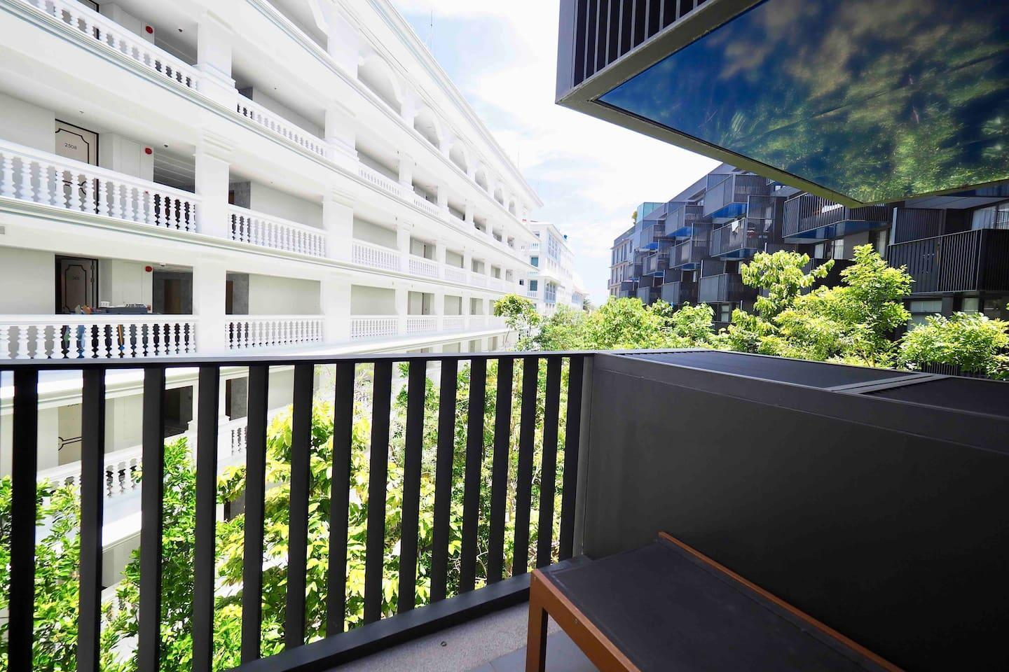Two Bedrooms   roof top pool at Patong Beach  D74